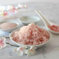 Natural Food Grade Himalayan Pink Salt for body scrub