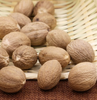 100% pure natural nutmeg for sale