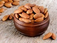 Grade A Almond Nuts Raw Natural Almond Nuts Organic Bitter Almonds