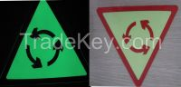 Photoluminescent vinyl rigid sheet