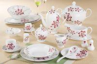 dinnerware set in porcelain