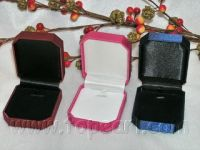 wholesale jewelry -20pcs Three colors Velvet Square Jewelry Box