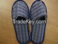 Indoor slippers for men with low price, open toes,