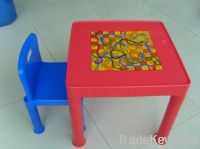 Sell kids table and chair