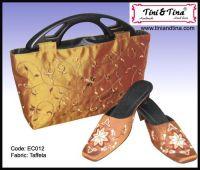 Handbag, cushion cover, tablecloth, embroidery Clogs