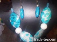 Acrylic Fashion Necklace and Earring Set