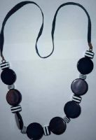 Sell black ang white acryl beads necklace