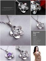 Sell fashion jewelry, nice plum flower pendant, 100% brand-new