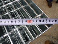 steel floor grid diagonal measuring