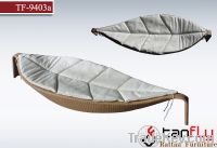 Sell TF-9403A garden outdoor single lounge with cushion