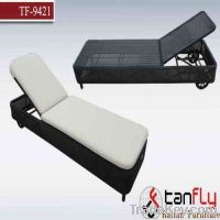 Sell TF-9421 single wicker chaise lounge with wheel