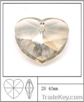 Sell crystal heart-shaped beads for necklace