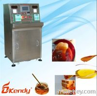 Sell : full automatic liquid measuring and filling machine