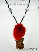 Fancy wood pendant necklace