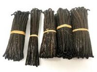 Madagascar type Bourbon vanilla, Madagascan Vanilla Beans, Long Vanilla pod, paste, Oil, vanilla powder.