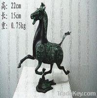 Sell bronze antique imitation: Horse Treading on Swallow