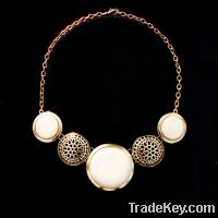 Sell fashion round resin pendant necklace
