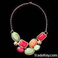 Sell fashion bright color resin pendant necklce