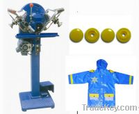 Fully automatic snap fastening machine
