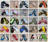 Sell Children Sports Shoes