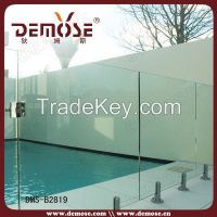 outdoor frameless plexiglass fence