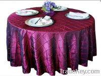 pintuck table cloth