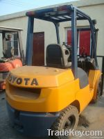 Sell Good quality used 3 ton Toyota forklift for sell