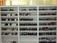 Sell casual shoes