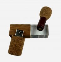 Wooden winebottle shape usb flash drives