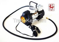 Sell Portable Auto Car Air Compressor With Light (TH20E)