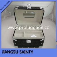 Glossy quilted pvc cheap makeup case with mirror
