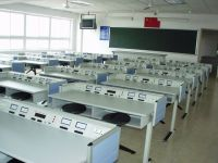 Physics laboratory equipments