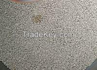 granular bentonite cat litter