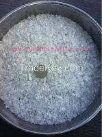 Anhydrous magnesium chloride in flake