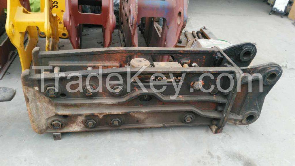 The used hydraulic breaker hammer HB20G