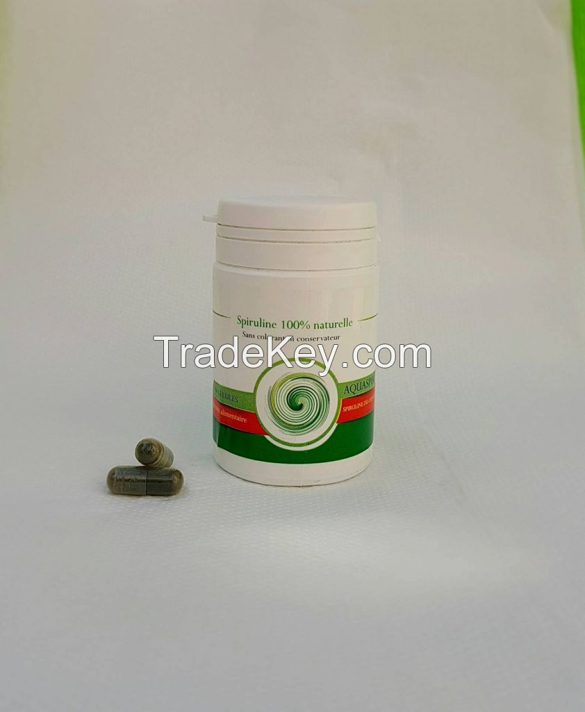 Spirulina Flakes/powder/Capsules
