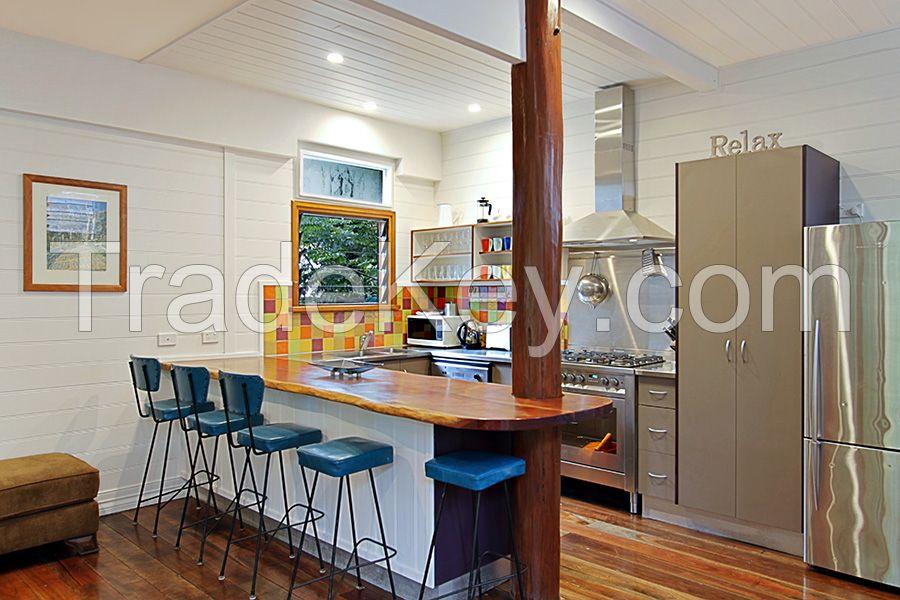 prefabricated timber house custom log house finest quality guarantee