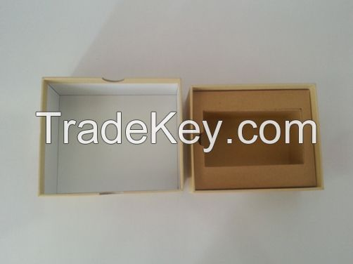 Kraft Paper Laminated with Gray Cardborad Lid and Base Rigid Box