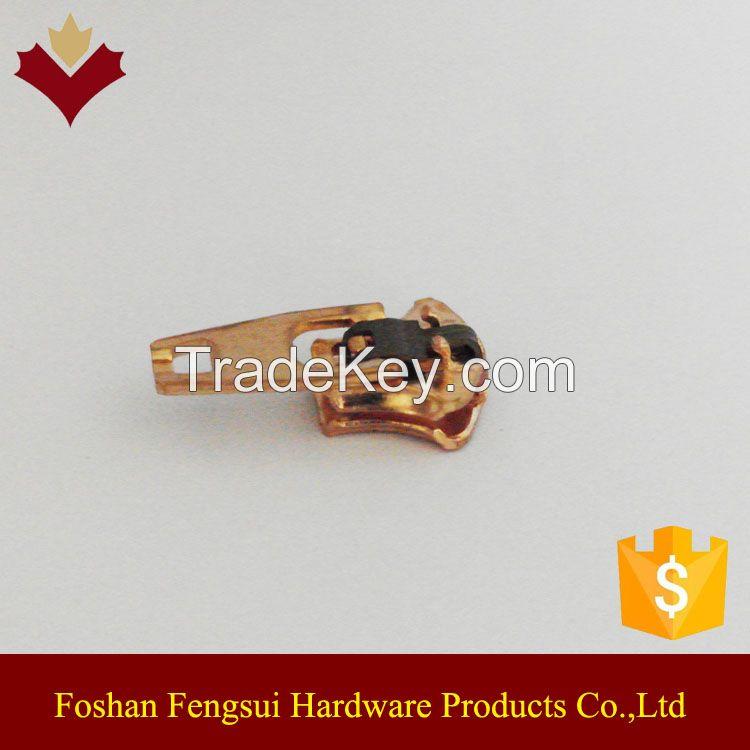 OEM customized logo auto lock zipper puller for slider