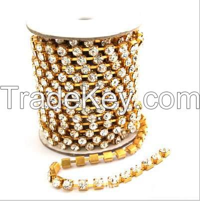 Rhinestone claw chain