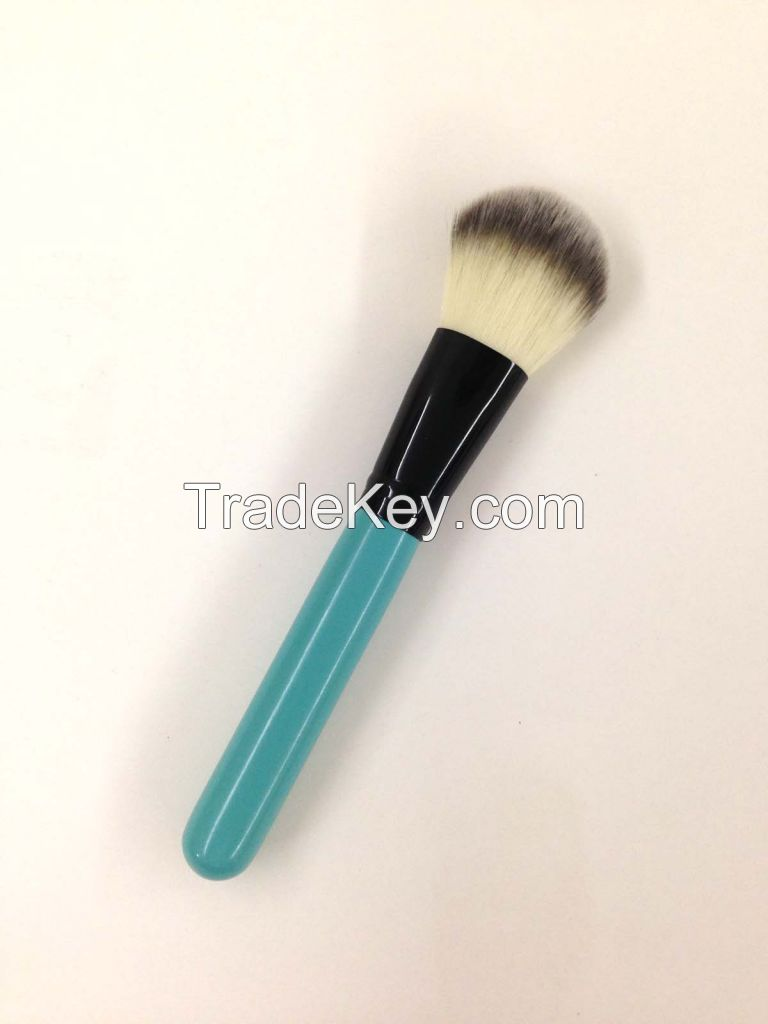 Blusher Brush for Perfect Makeup Blend