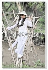 Chuong village's non la/ Vietnamese hat