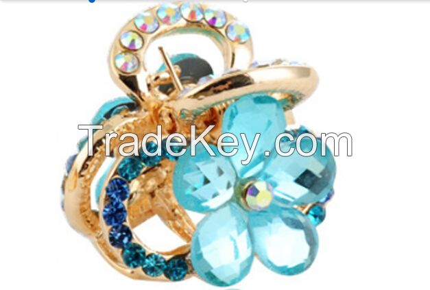 The High-quality Gold Plated Flowers Diamond Fashion Hair Clip