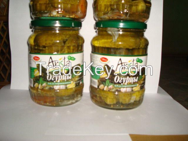 cucumber in jar