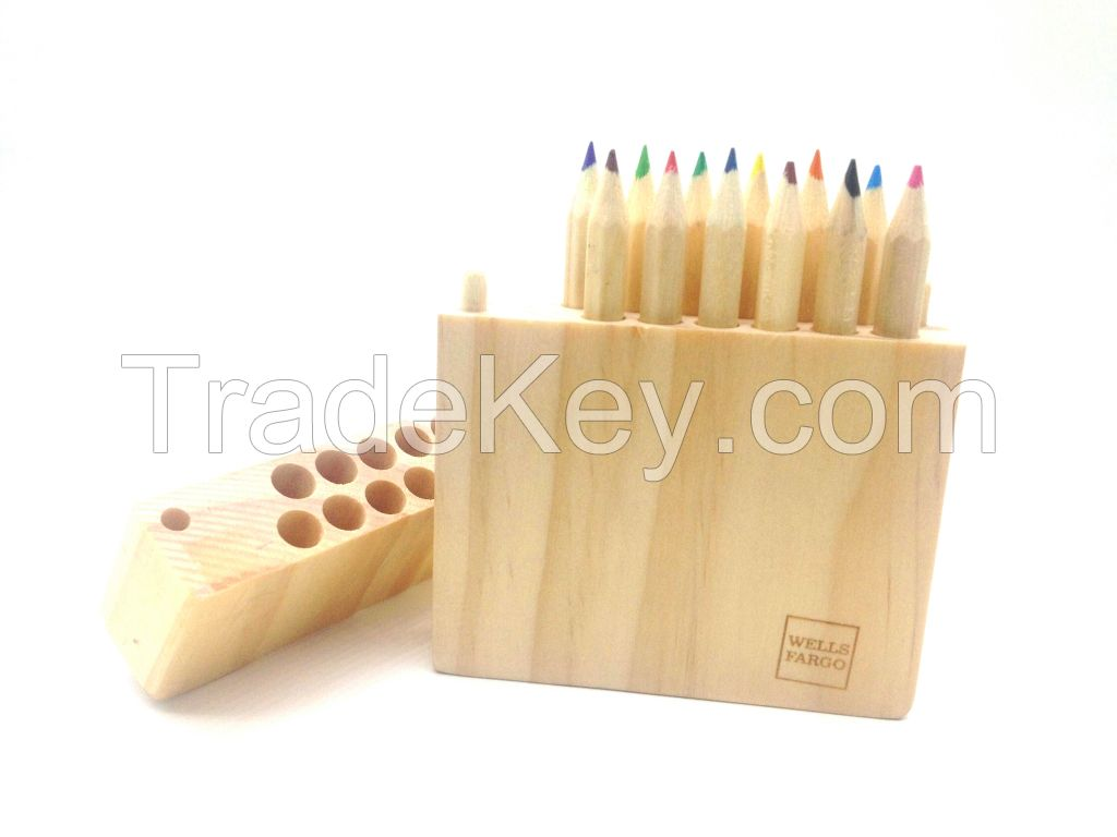 high quality sharpener woodcase with 12 pcs colored pencils