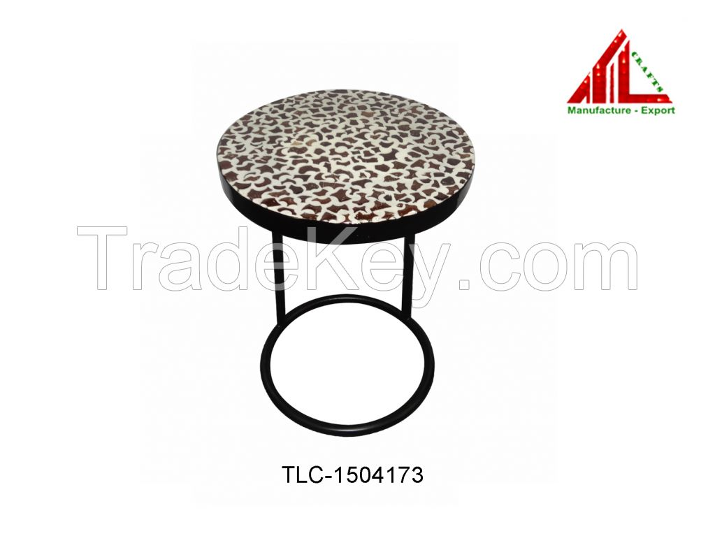 Lacquer Sidetable