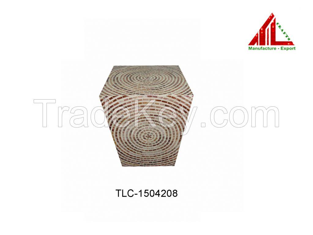 lacquer pedestal