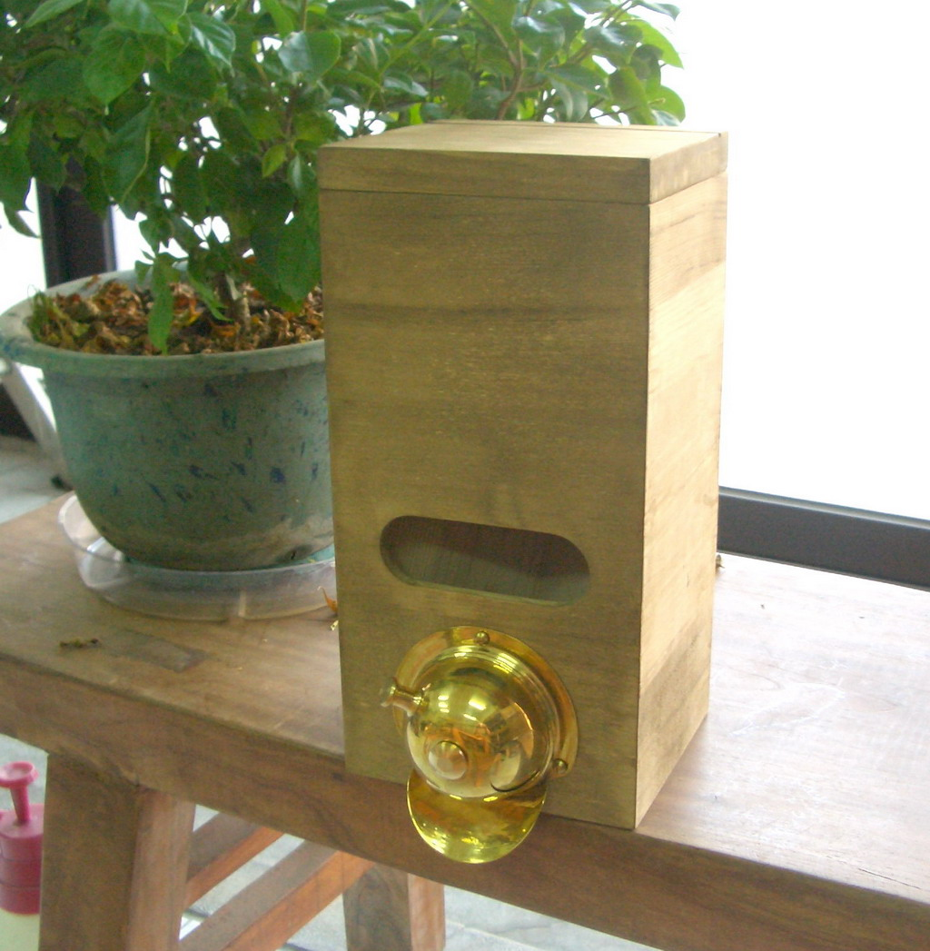 Classic OAK Wood Bin Coffee Bean Brass Dispenser Controller