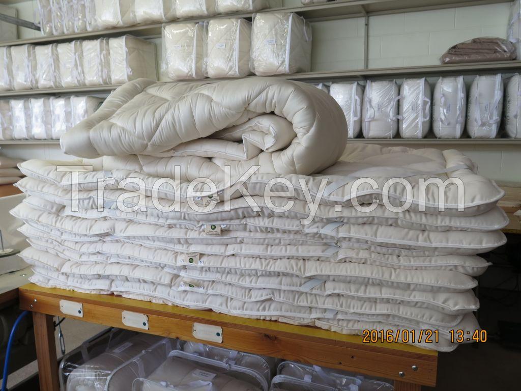 Wool quilt wool comforter bedding made in Australia