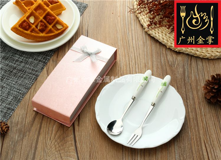 JZC001 | Quality Stainless Steel Tableware With Ceramic Handles